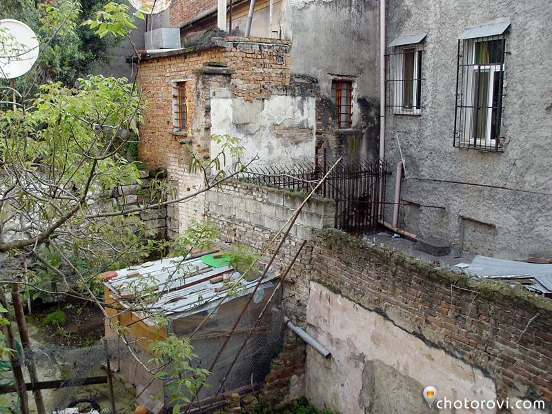02_0220_albania_durres_gledka_ot prozorecai