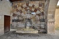 Haci Bektas Veli Museum Чешмата с лъва (Arslanli çeşme)